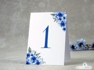 Numer na stół samostojący z niebieskimi kwiatami NNS-41-22