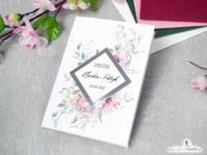 Zaproszenia ślubne z różowymi kwiatami, konturami oraz motywem na srebrnym papierze z efektem lustra.. ZAP-129