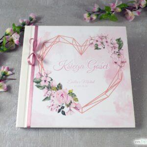 Księga gości z różowymi kwiatami róży i geometrycznym sercem KSG-41-23