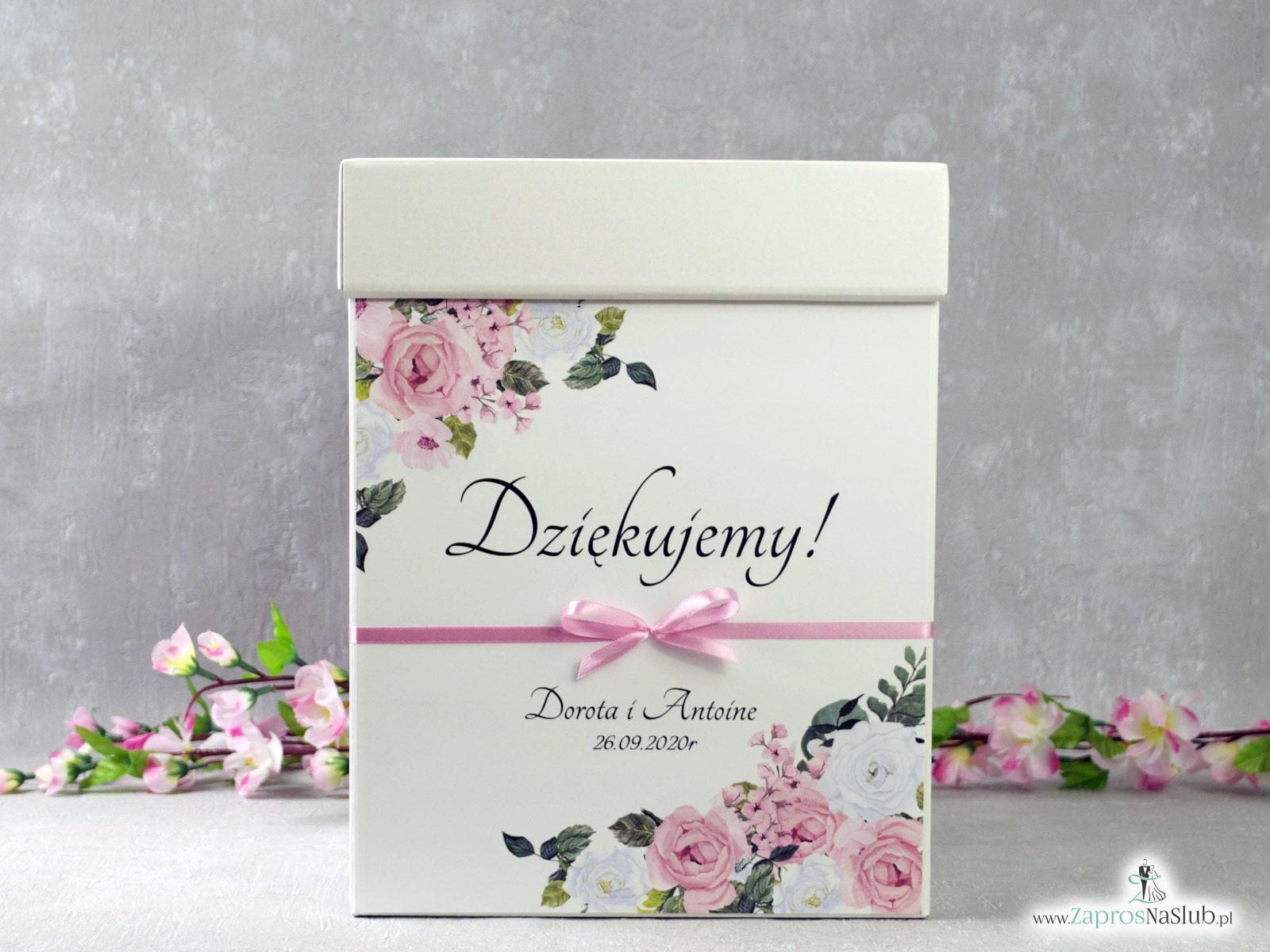 Pudełko na koperty z różowymi i białymi kwiatami PNK-41-12