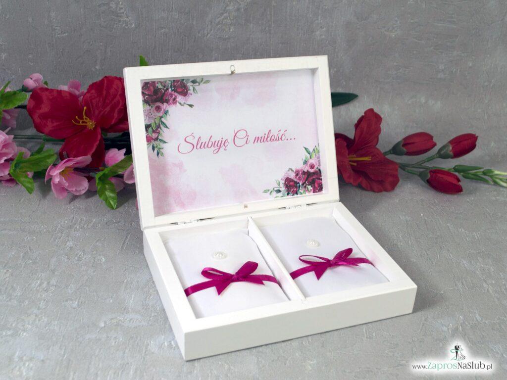Drewniane pudełko na obrączki z geometrycznym sercem i kwiatami piwonii PNO-41-08