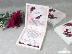 Prośba o błogosławieństwo dla rodziców w drewnianym pudełeczku z czerwonymi różami i geometrycznym sercem POB-41-09