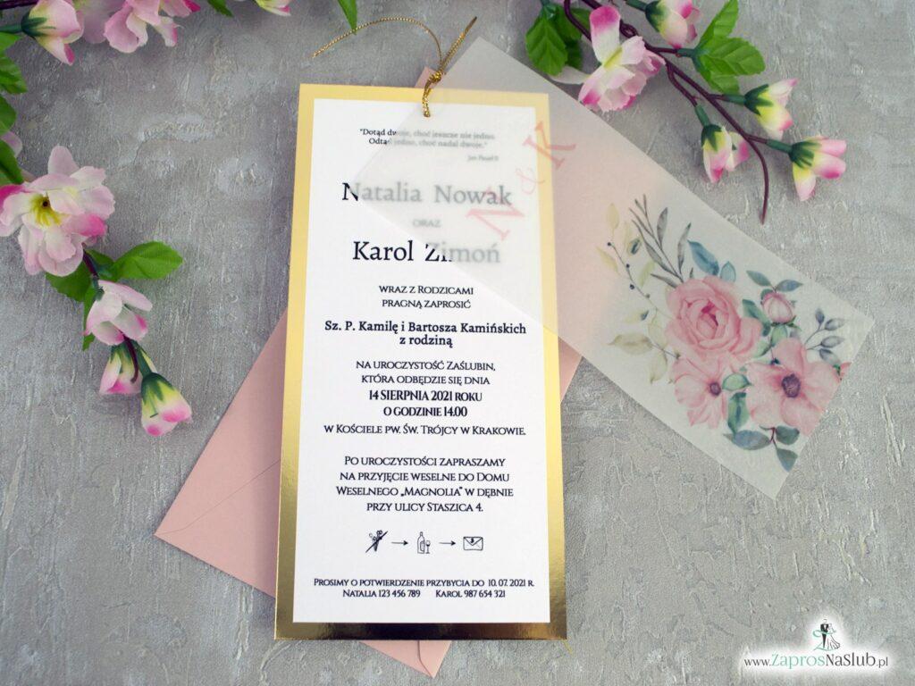 Zaproszenia ślubne na złotym papierze z efektem lustra i kwiatami na kalce, związane złotym sznurkiem ZAP-138-2